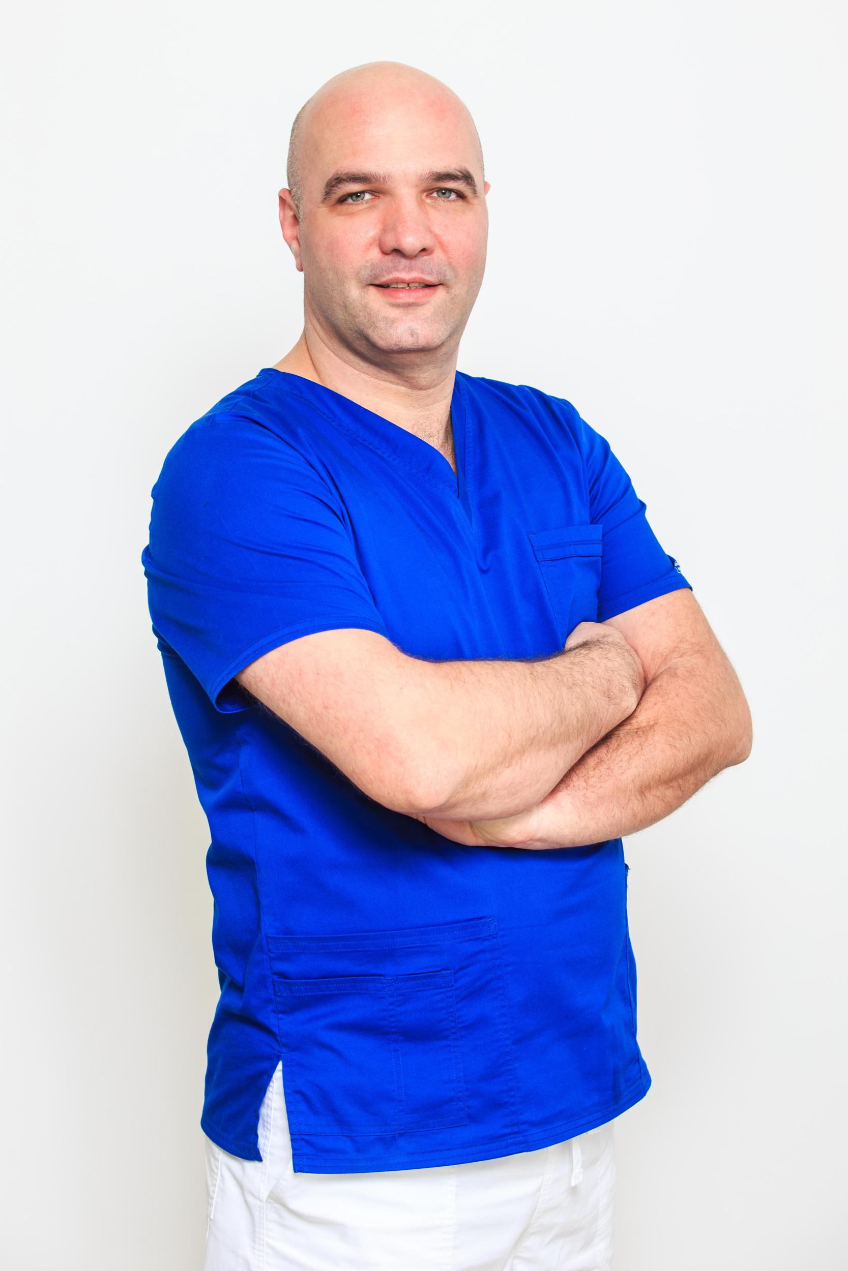 Dr Dan Referendaru